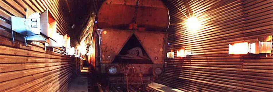 Rozmrazovací tunelRozmrazovací tunel je průkopníkem tohoto způsobu zajištění dopravy materiálu i v extrémních podmínkách. Vtomto případě se jedná o dopravu surovin do cementárny, ale tento způsob je možný i při dopravě uhlí, rudy apod...Více informací zde